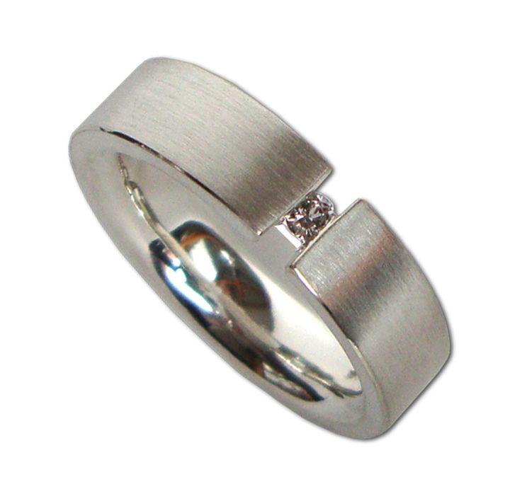 Ring in Silber mit Brillant