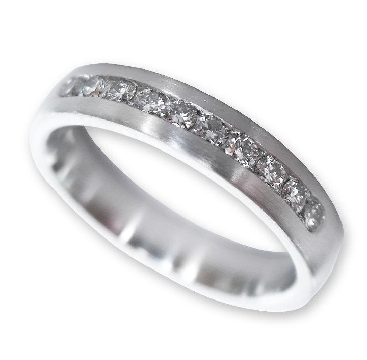 Memoire-Ring in Platin