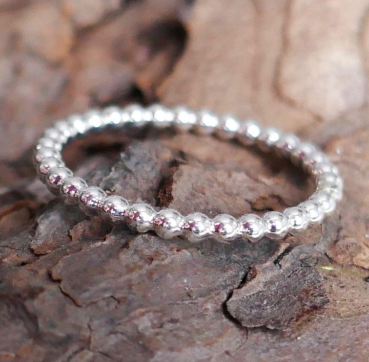 Ring aus Perldraht in Silber